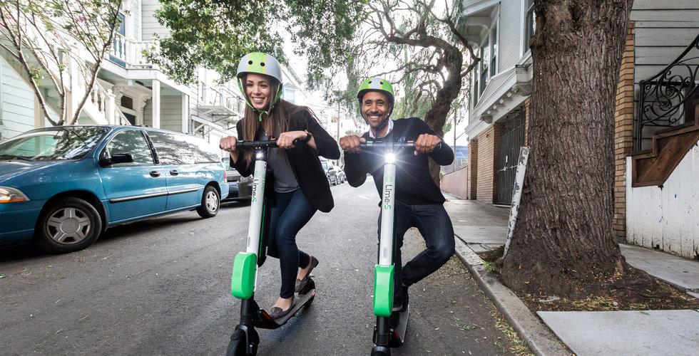 Vilka trafikregler gäller för elsparkcyklar? Får du köra på trottoaren? Vi reder ut