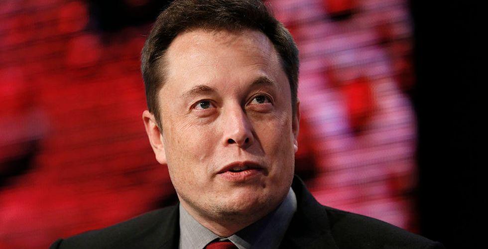 Breakit - Teslas aktie föll efter miljardbud på Musks solpanelstillverkare