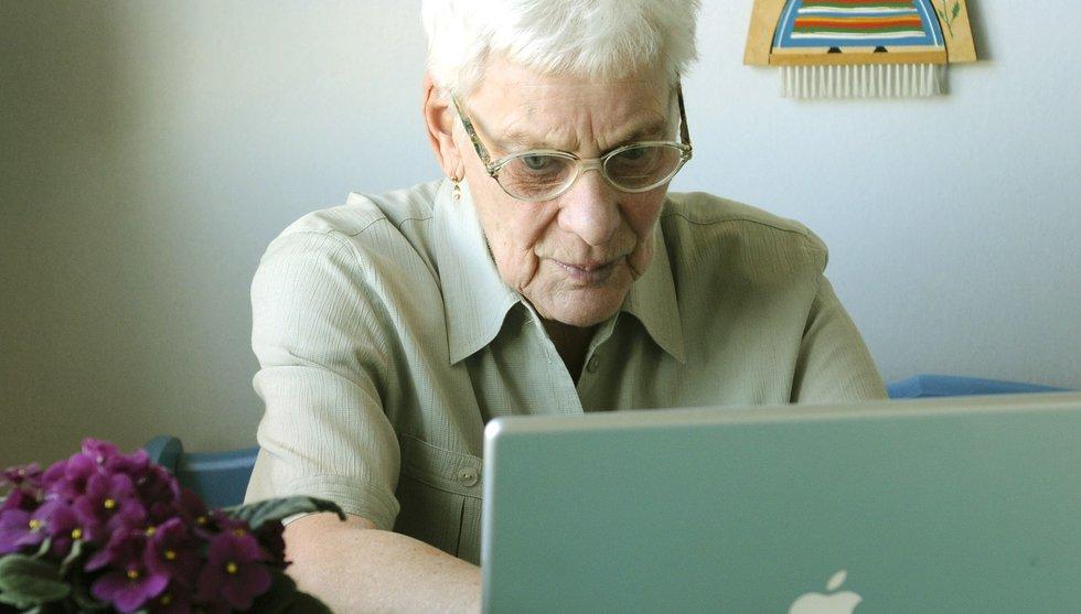 Se upp tonåringar! Nu kliver pensionärerna in i e-sporten