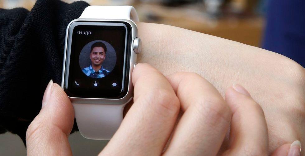 Rusning efter Apple watch - guldklockorna borta på 1 timme