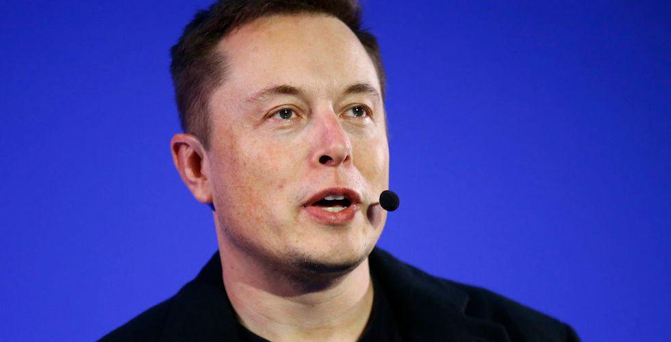 Tesla gör gigantisk nyemission - och Elon Musk storsäljer aktier