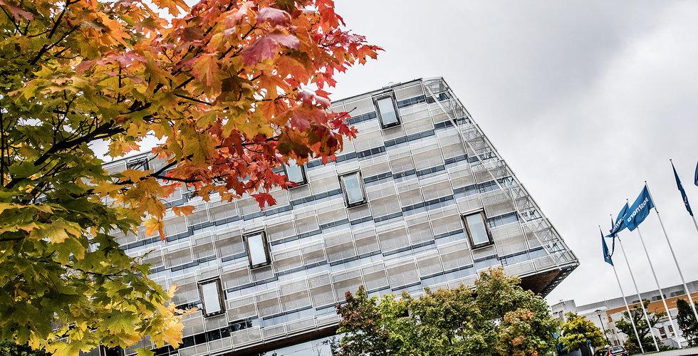 Postnord har sagt upp hyresavtalet för huvudkontoret i Solna