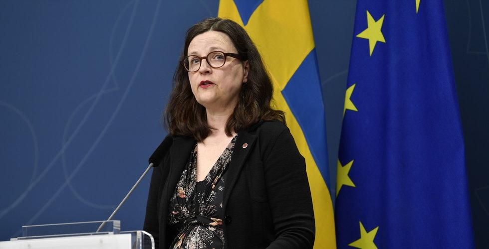 """Utbildningsministern – """"Stänger inga skolor"""""""