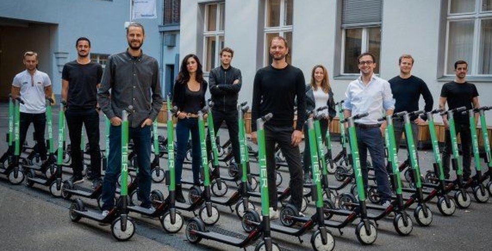 Tier ska hämta elsparkcyklar med hjälp av el-lastbilar – pilottestar i Uppsala