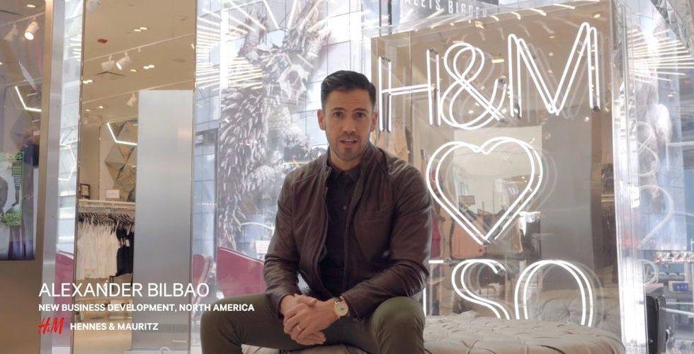 Talande spegel ska locka kunder till H&M:s butiker