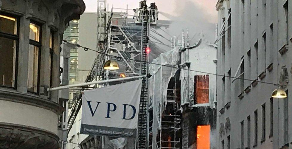 Breakit - Stockholms finanskvarter i lågor – techbolag drabbas av branden