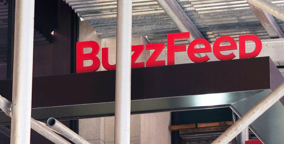 Buzzfeed köper Huffington Post från Verizon