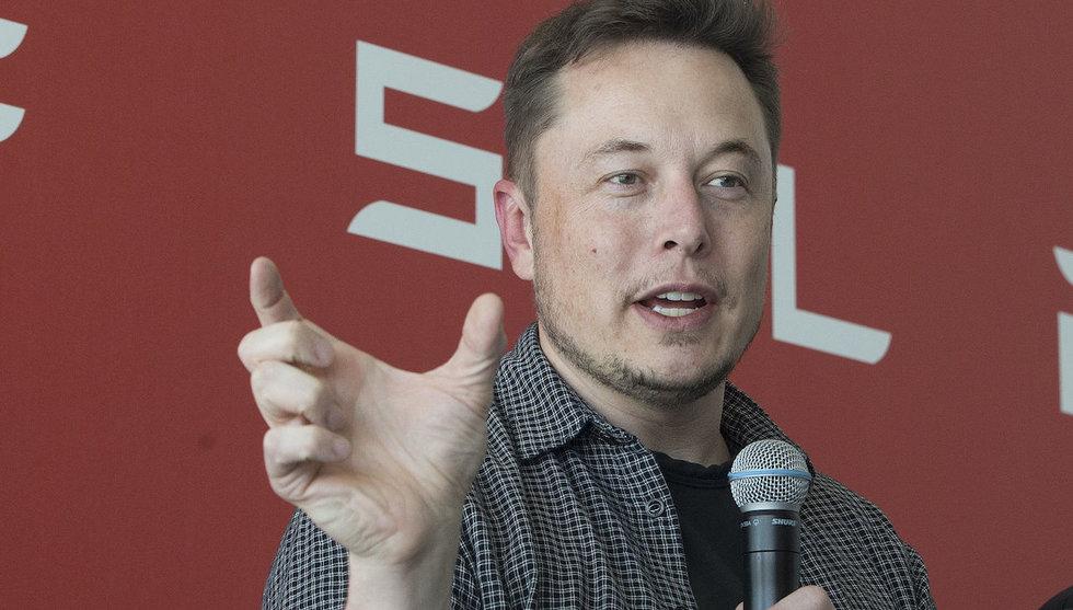 Breakit - Video: Så här ser det ut när du åker i Teslas självkörande bilar
