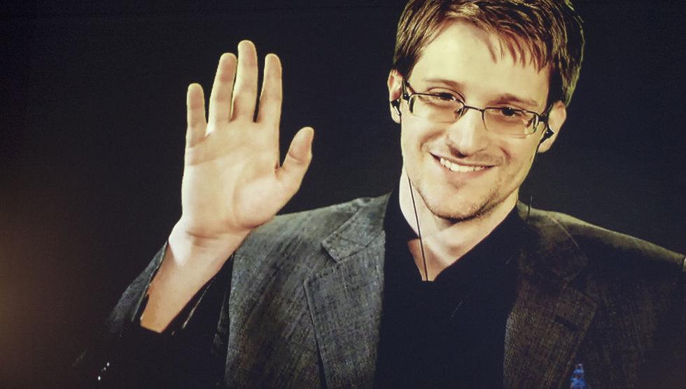 Visselblåsaren Edward Snowden gör unikt framträdande i Sverige