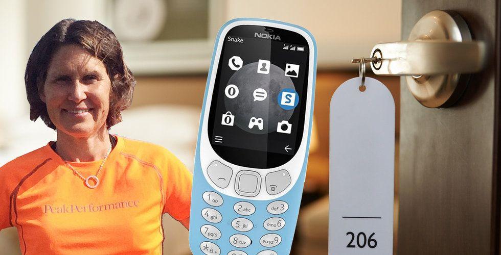 Hon checkar in din smarta mobil på hotell – och lånar ut en gammal Nokia