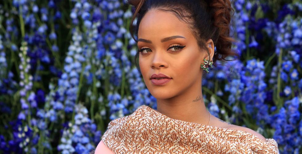 Superstjärnan Rihanna tillbaka med ny skiva – men väljer Tidal
