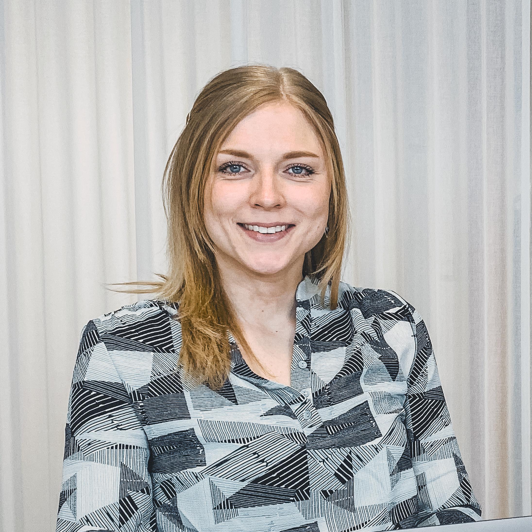 Clara Stenhardt
